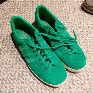 Adidas DEADSTOCK Sneakers